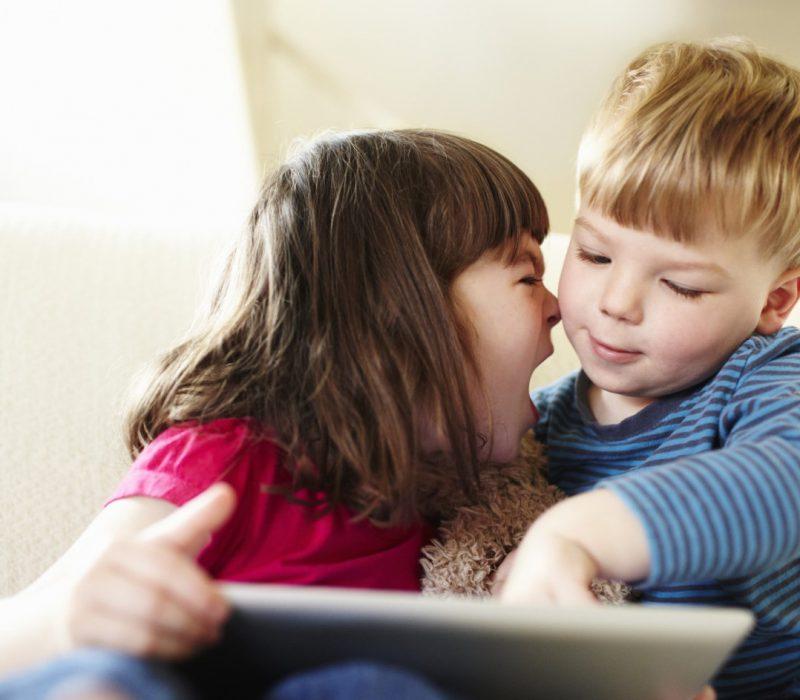 psicologa infantil en Valencia - niños enfadados